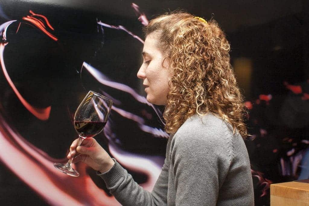 Examen visuel de vin